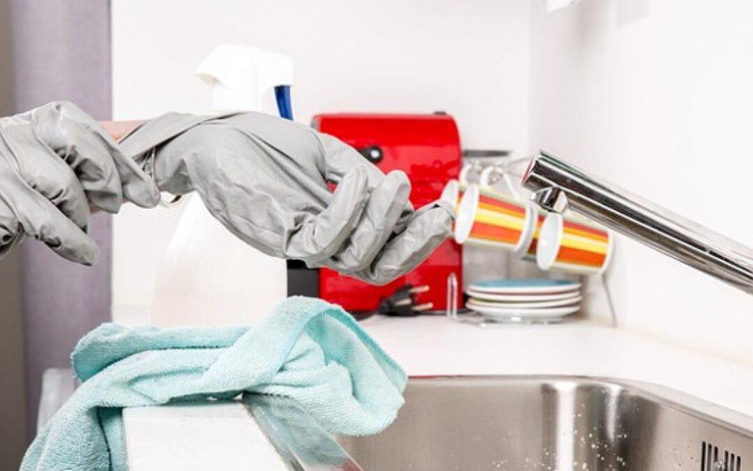 Cómo limpiar tu hogar y protegerlo del COVID-19