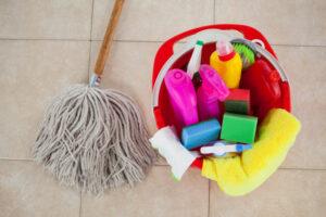 por qué contratar auxiliares de limpieza